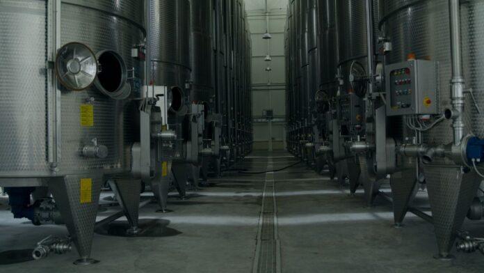 destilación de crisis vino